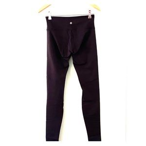 Lululemon Black luon wunder under size 6